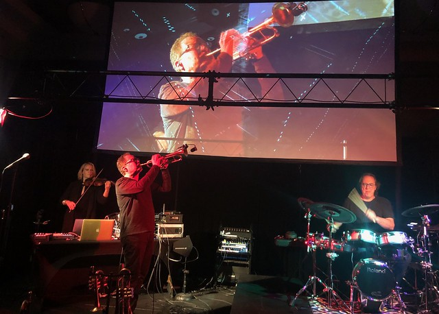 Mark Isham  MarkIsham on trumpet Vinnie Colaiuta  vinniecolaiuta on drums and Laura Escudé  theLauraEscude performing at Synthplex 2019 Amazing performance