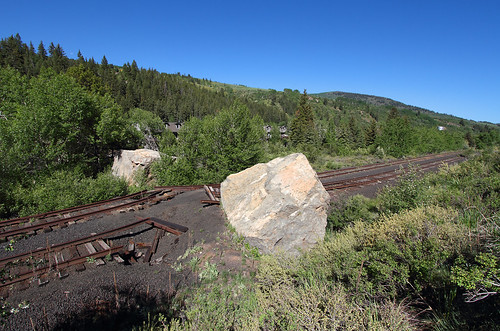 tennesseepassroute formerriogrande minturn colorado boulder lionsheadrock mainline track trackdamage rails railroad