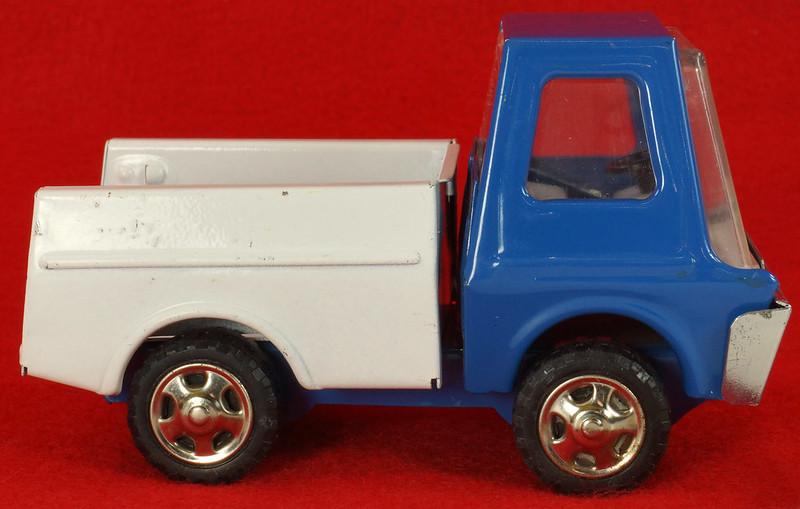 RD26760 Very Rare Fleet Truck CK Kuramochi & Co. , LTD. Japan Blue Cab White Bed DSC09029