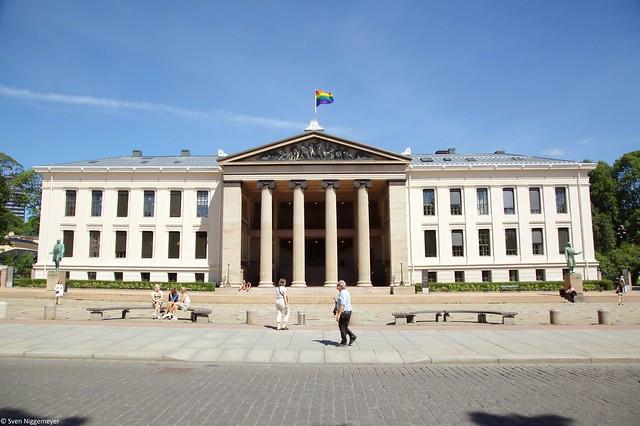 Der Universitätsplatz von Oslo (30.06.17)