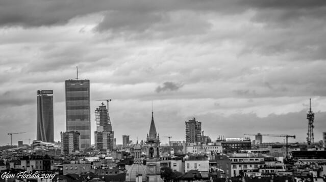 Milano, cloudy skyline