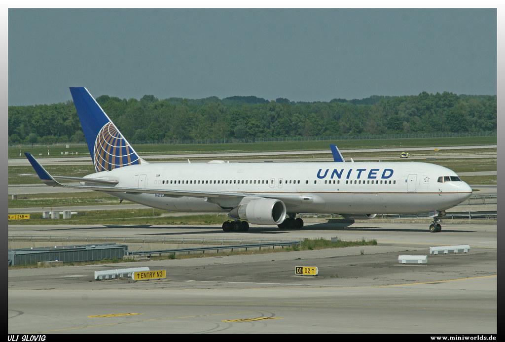 Boeing 767-322 (ER)