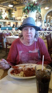 Lunch with my mom at Zio's Italian Kitchen