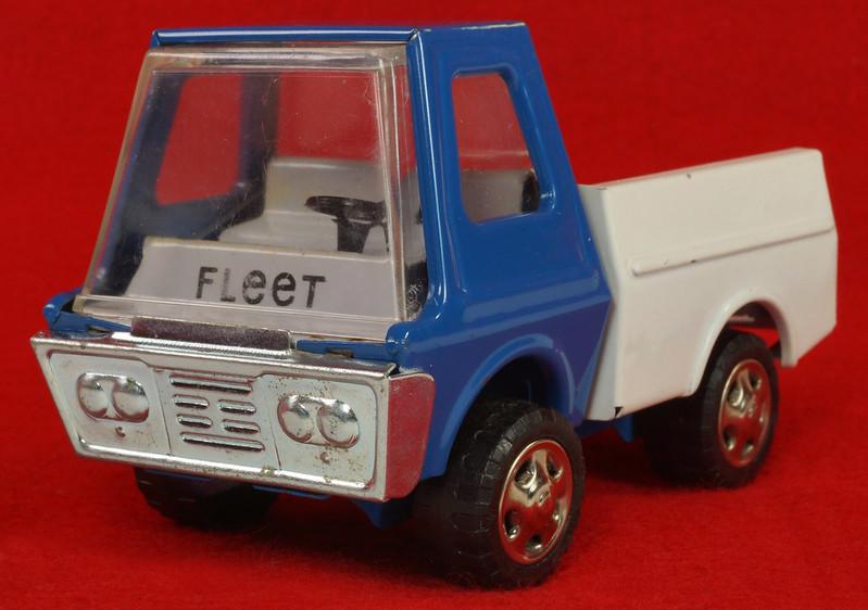 RD26760 Very Rare Fleet Truck CK Kuramochi & Co. , LTD. Japan Blue Cab White Bed DSC09026
