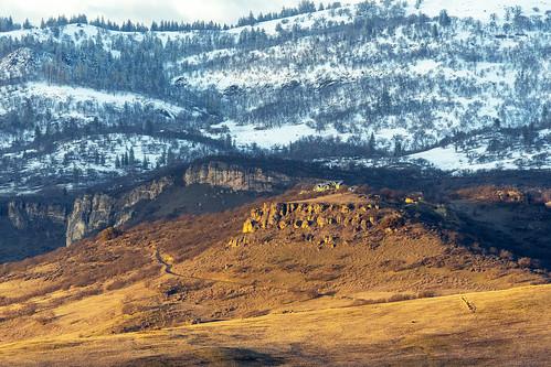 ashland cascade mountain range snow winter al case nikon d500 nikkor 300mm f4e sun trees landscape house