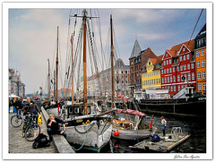 Nyhavn....  **Copenhague**