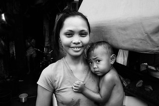 Mother and Child - Manila, Philippines | by LA Street Moments
