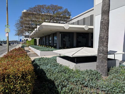 60s Design near LAX | by Kelson