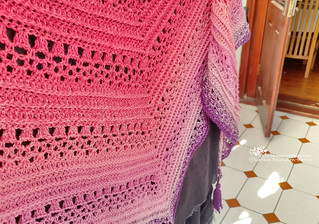 This Is Me shawl | by Carina » Polka & Bloom