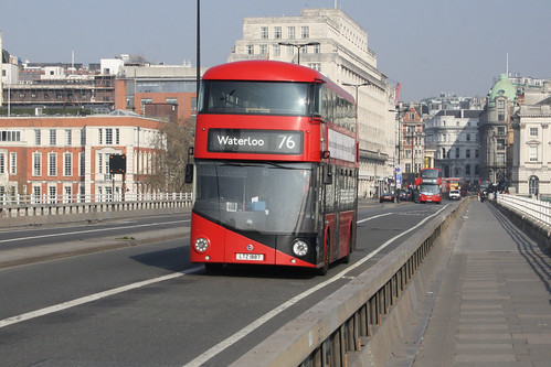 Go-Ahead London LT887 LTZ1887