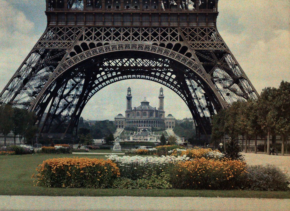 Сады Трокадеро и Эйфелева башня