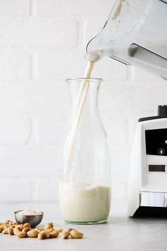 Easy No-Strain Cashew Milk | by Tasty Yummies