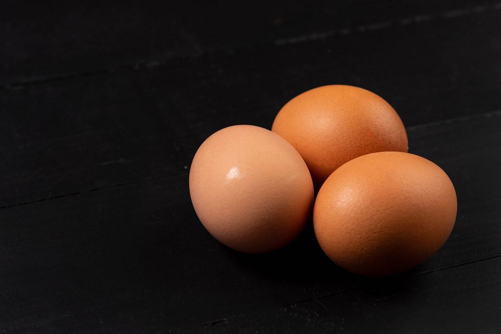 UWAGA! GIS ostrzega przed jajkami z Biedronki. W partii jaj wykryto bakterie salmonelli