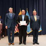 Vi, 03/29/2019 - 14:28 - On Friday, March 29, 2019, the William J. Perry Center for Hemispheric Defense Studies hosted a graduation ceremony for two courses: 'Strategic Implications of Human Rights and Rule of Law' and 'Combating Transnational Threat Networks.' Students from all over the Americas attended the courses from March 18-29, 2019. The graduation ceremony and reception took place in Lincoln Hall at the National Defense University's North Campus at Fort McNair in Washington, DC.