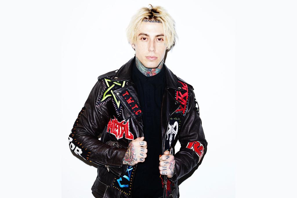 美國搖滾樂團 陷入逆境 Falling In Reverse 釋出與 Slipknot 主唱 Corey Taylor 合作的新單曲 Drugs