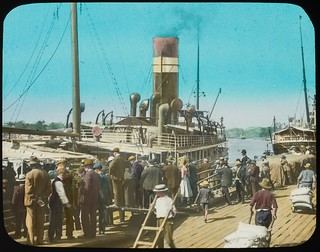 Crowd of people on wharf near steamship, Brisbane, Queensland, ca. 1910