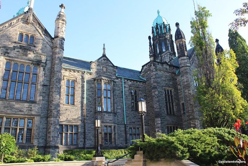 Toronto University (1)
