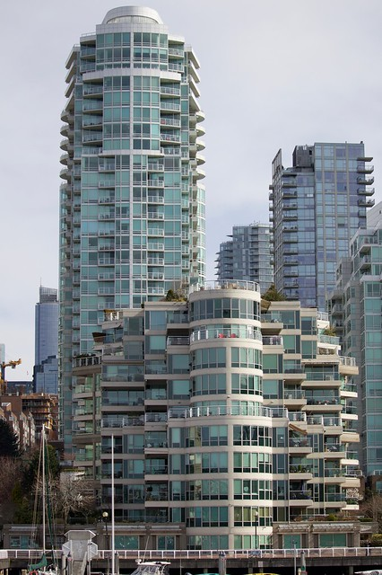 West End Condos On the Creek
