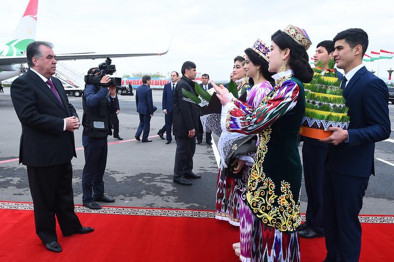 Начало рабочей поездки Лидера нации Эмомали Рахмона в Согдийскую область