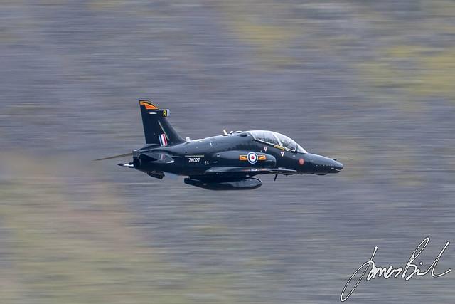 RAF Hawk T2 ZK027 through Dunmail Raise