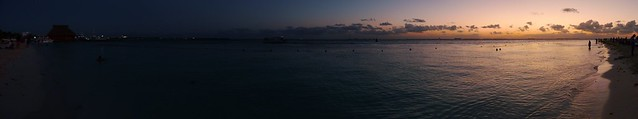Day and night at Isla Mujeres