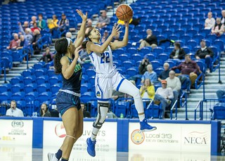vs UNCW 1-25-19  29 | by The Review - Univ. of Delaware