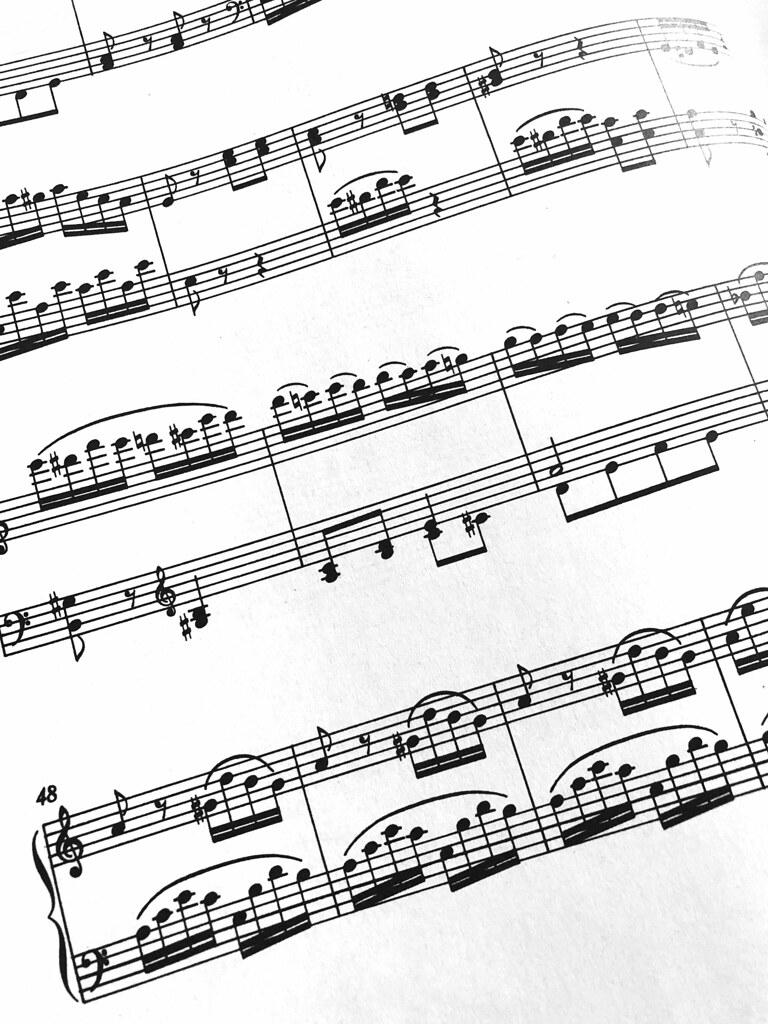 reading music | Mozart Piano Sonata No 16 C major K 545 for