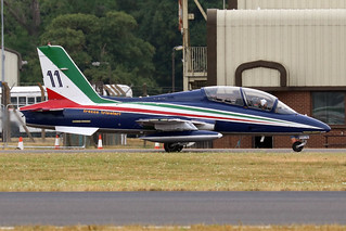 MM55052  -  Aermacchi MB.339 PAN (MLU)  -  Italian Air Force 313 Gruppo AA Frecce Tricolori #11  #-  RIAT 2018 13-7-18 | by Martin Stovey