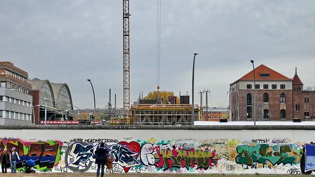 20181101 Berlin Friedrichshain OstBahnhof East Side Gallery  (60)