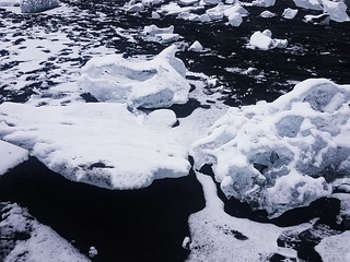 diamond beach Iceland   by leftbanked
