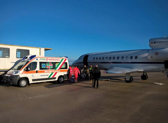 trasporto aereo militare urgente
