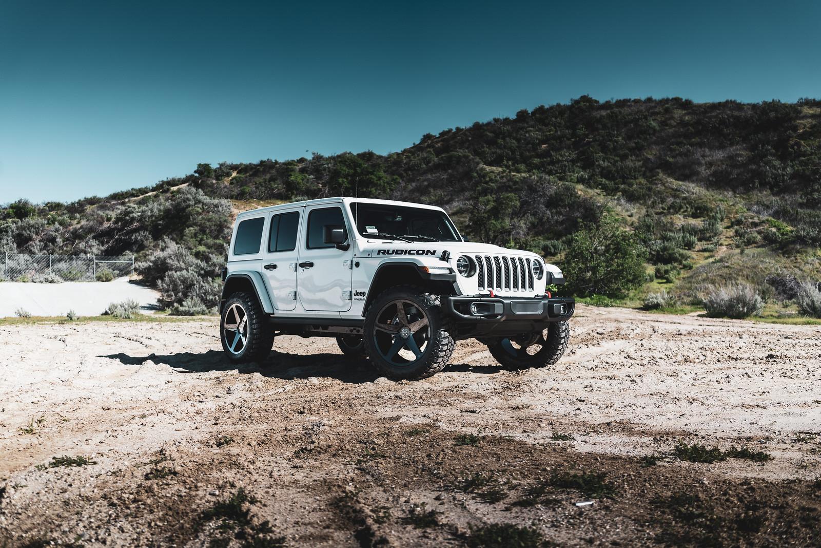 Jeep_Wrangler_BD15_GlossBlack-4