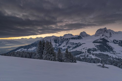 Clouds at dawn - Selibüel | by Captures.ch