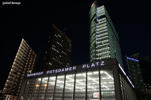 Bahnhof Potsdamer Plaztz - Berlin