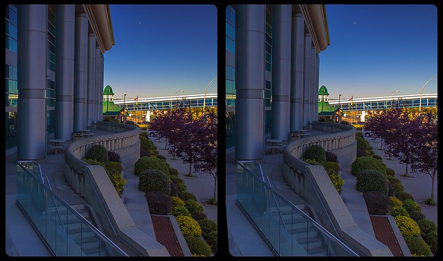 Government temple of Thunder Bay 3-D / CrossEye / Stereoscopy / HDRaw