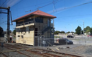 Frankston signal box | by Daniel Bowen