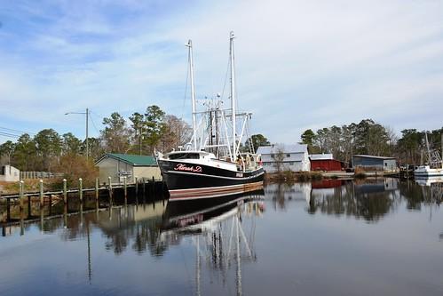 northcarolina watercraft fishingboat commercialfishingboat pamlicocounty bayboronorthcarolinakarahd 2000