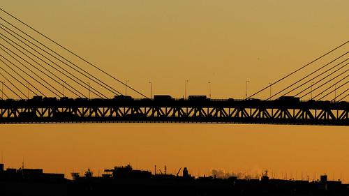 atmospheric water highlights japon japan yokohama yokohamabaybridge sunrise bay leverdesoleil pont ambiance atmosphere