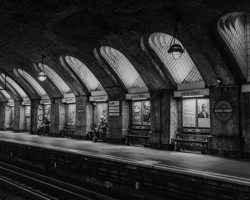 baker street london underground metro