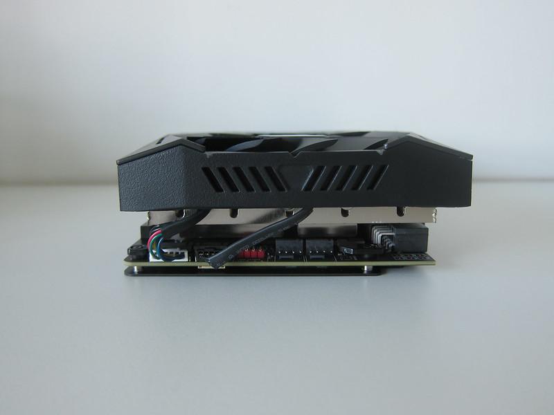 Asus ROG Strix RX VEGA56 OC Edition 8GB - Back