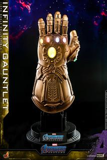 神器再臨!! Hot Toys - ACS007 -《復仇者聯盟:終局之戰》1/4 比例 無限手套 Infinity Gauntlet