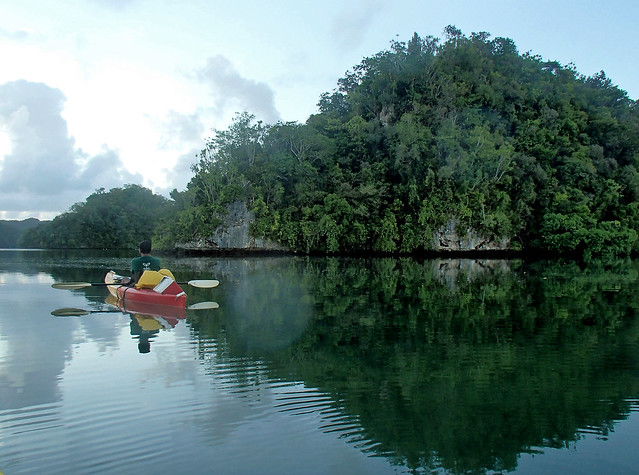 (Explored)    dawn kayak:   PALAU (Micronesia) :   Rock Islands (UNESCO's World Natural Heritage)   パラオ