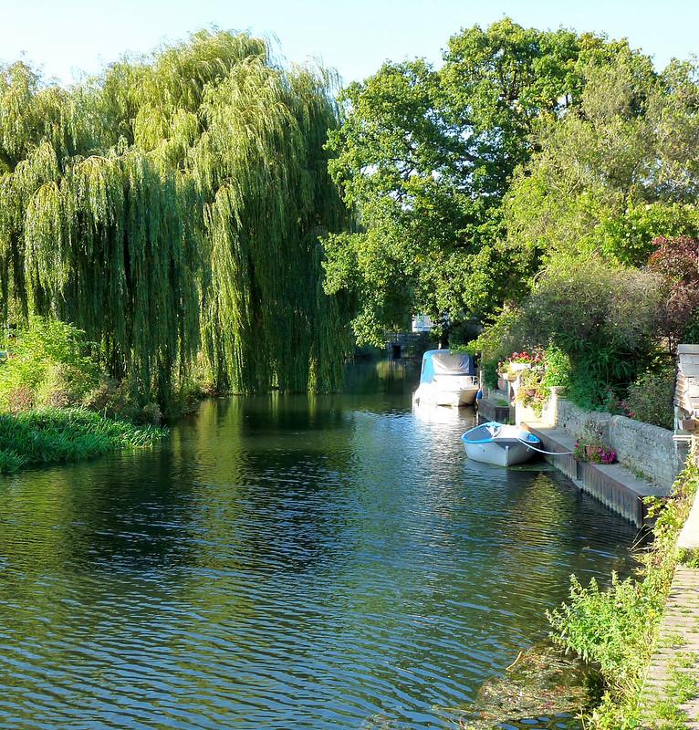 P1050846 PEACEFULNESS - Godmanchester, Cambridgeshire 28th September 2011