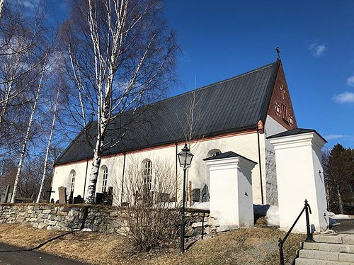 Backens kyrka, här är morfars mamma begraven. | by Granding