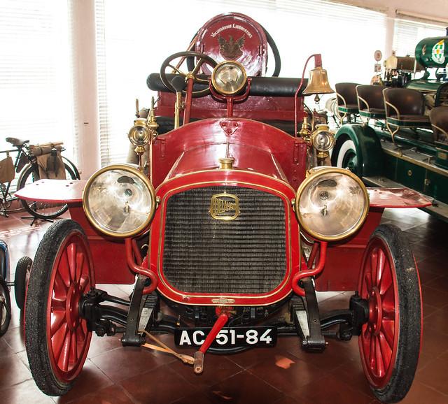 Delahaye 43CV Fire Engine
