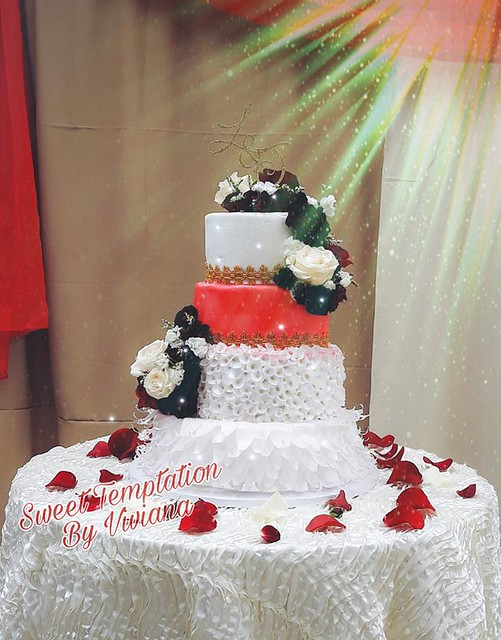 Cake from Sweet Temptation By Viviana