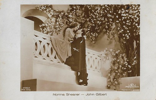Norma Shearer and John Gilbert in The Hollywood Revue of 1929
