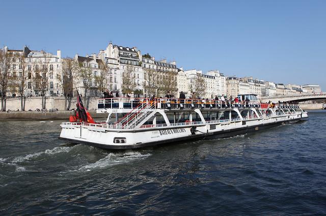 16 PARIS - Fleuve Seine - Ile Saint Louis - Quai d'Orléans