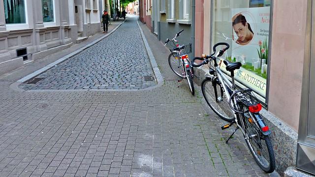 An der Apotheke in Heidelberg