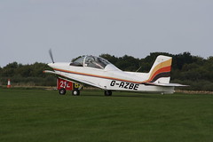 G-AZBE Victa Airtourer T5 [A535] Sywell 010918
